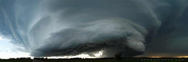 Massive supercell thunderstorm southwest of Bowden, minutes before dropping a tornado west of Innisfail - July 7, 2011