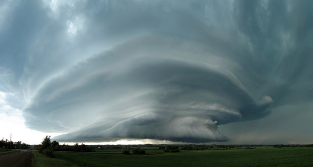 Supercell west of Bowden, AB - July 7, 2011