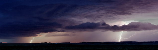Thunderstorm near Sylvan Lake, Alberta - August 6, 2012