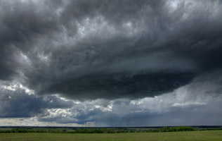 Thunderstorm near Sundre, AB June 7, 2013
