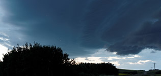 Two weathermod hail planes bomb a severe thunderstorm north of Sylvan Lake, AB - July 20, 2013