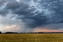 Dying thunderstorm south of Sylvan Lake, AB - August 16, 2013